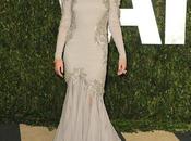 fiesta Oscar seguía blanco Selena Gomez Miley Cyrus