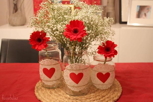 Centros de mesa en rojo imagui for Imagenes de mesas navidenas