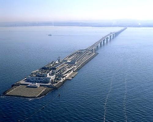 Puentes más curiosos del mundo - Bahía de Tokio Aqua-Line
