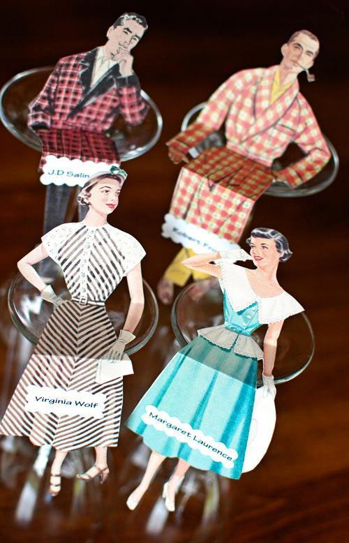 Muñecos vintage para sentar a los invitados