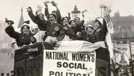 suffragette ¡Feliz dia de la mujer trabajadora!