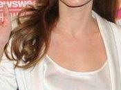 Angelina Jolie, elegancia blanco negro