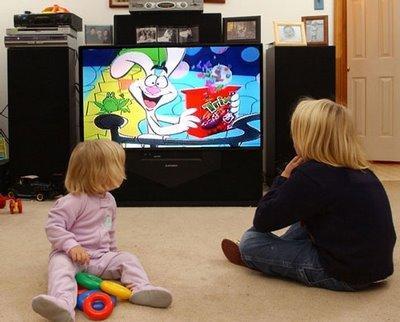 Los niños actuales miran más televisión que nunca