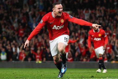 Un gol de Rooney basta para abrir brecha con el City